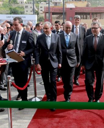 افتتاح مقر جديد للشركة المتحدة في مدينة نابلس